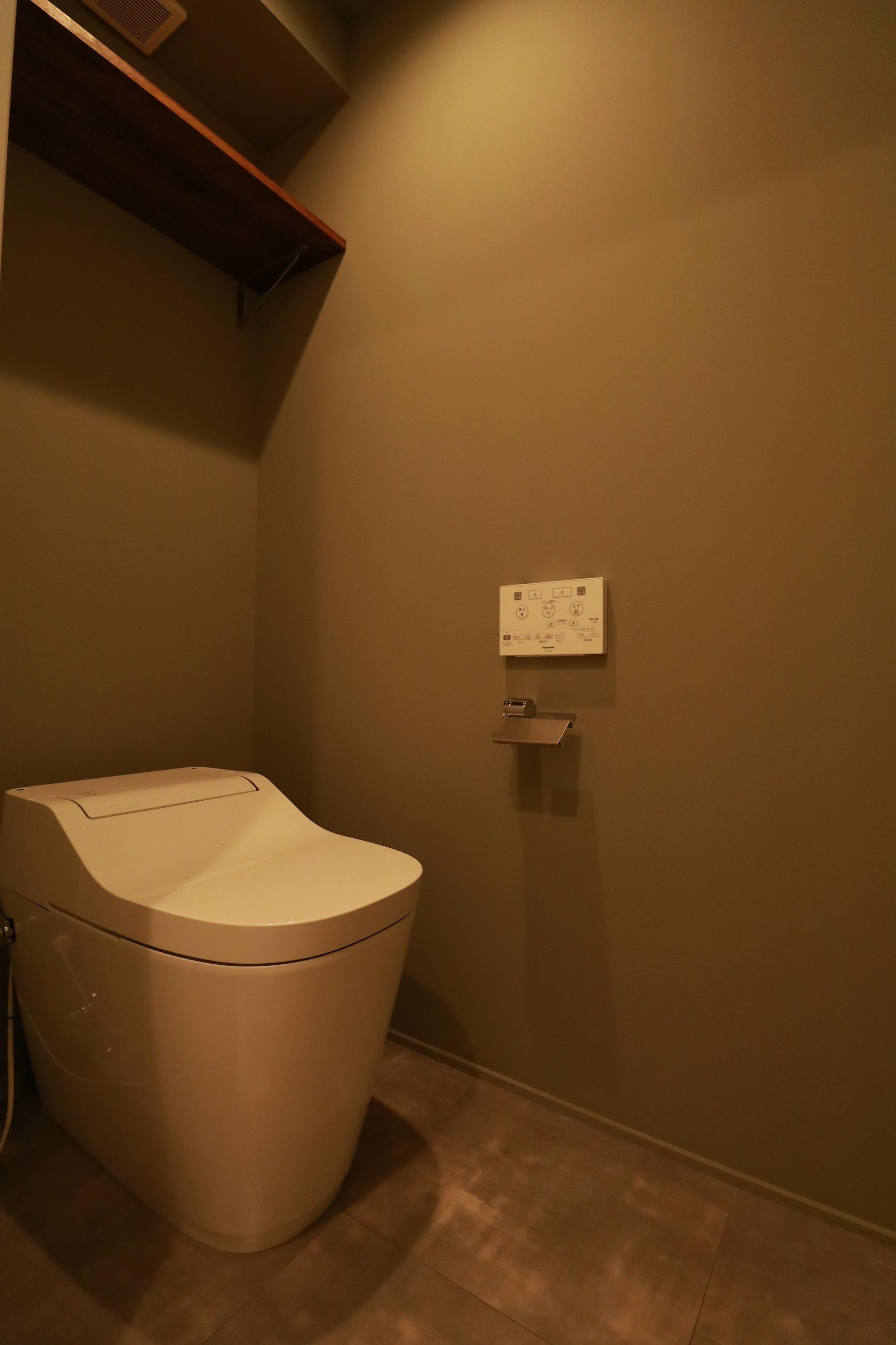 バス/トイレ事例:トイレ(家族の繋がりを感じるslow room)
