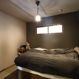 夢だった築古マンションのリノベを実現 (寝室)