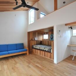 チルルームでまったりできる葉山の家 (リビング)