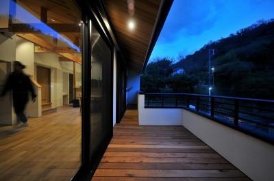 バルコニー (チルルームでまったりできる葉山の家)