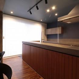 キッチン (ホテルライクな戸建てリノベ)