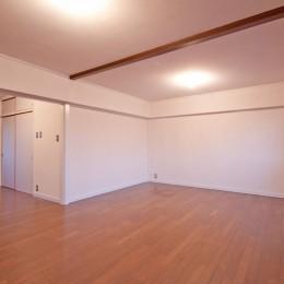 東大路高野第三住宅リペア|京都の団地を好みに合わせて団地らしく仕立て直す (リビング)