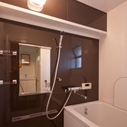 東大路高野第三住宅リペア|京都の団地を好みに合わせて団地らしく仕立て直す (浴室)