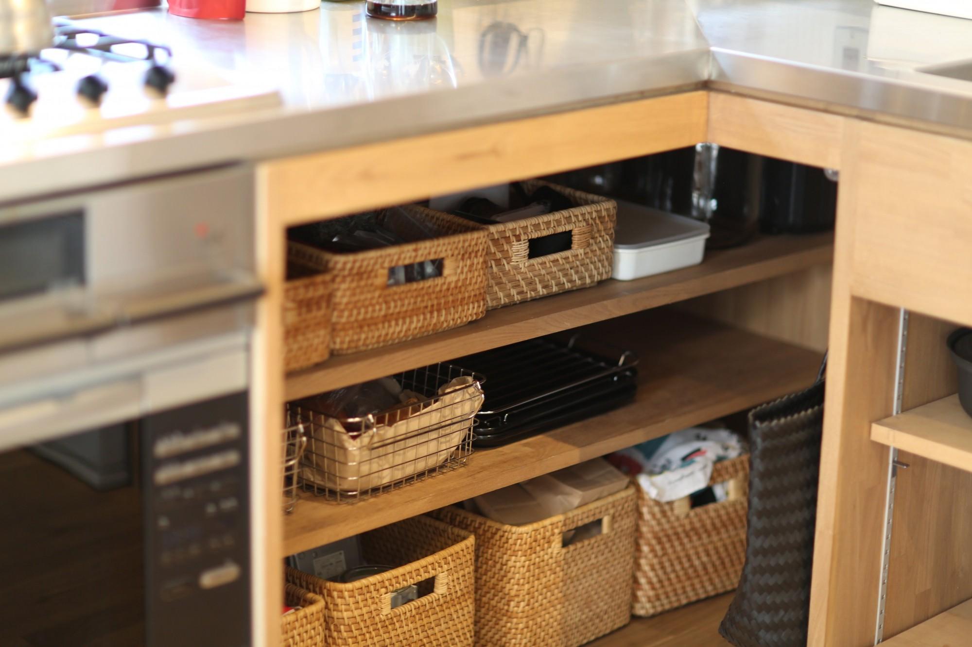 キッチン事例:キッチン収納(北欧を感じられる家)