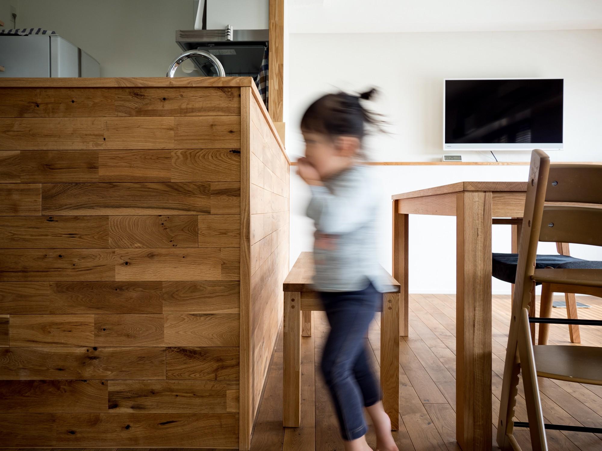 キッチン事例:ご主人のDIYを加えた空間(素因数の家 すくすくリノベーションvol.11)
