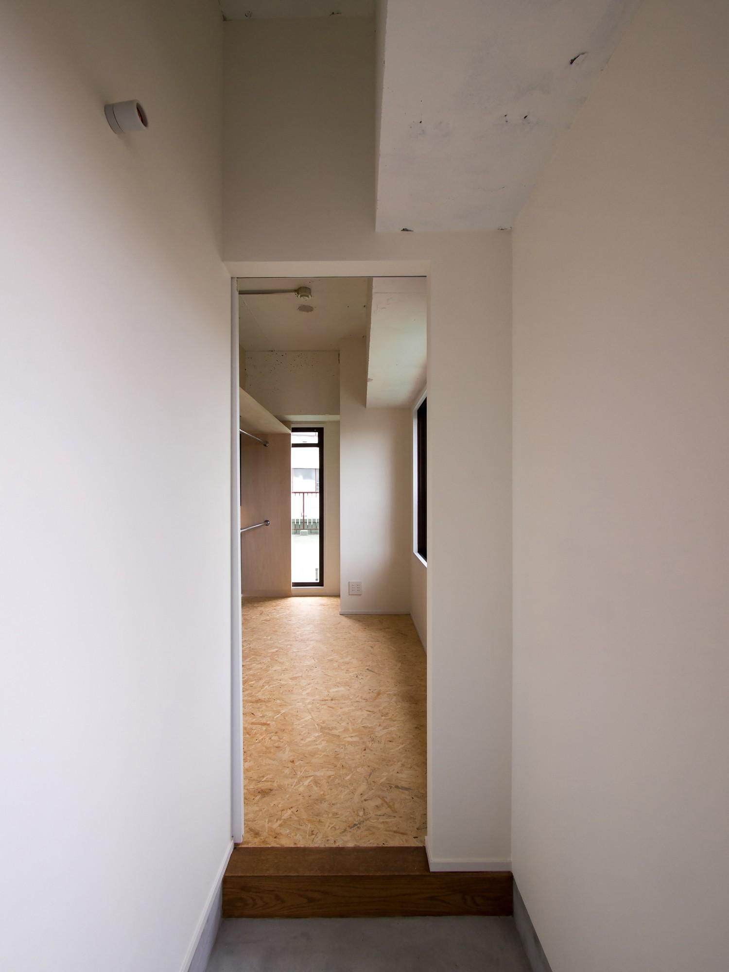 書斎事例:書斎への土間アプローチ(素因数の家 すくすくリノベーションvol.11)