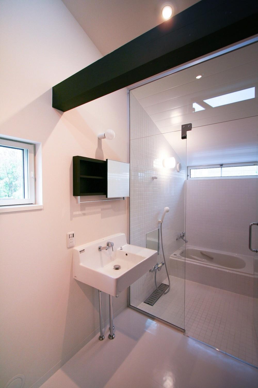 山梨の平屋の家 (浴室)