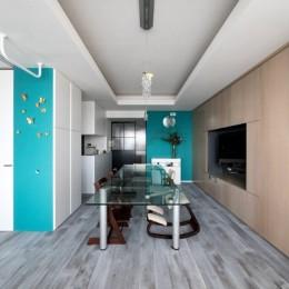 望楼の家 すくすくリノベーションvol.10 (色と素材感を楽しむダイニングキッチン)