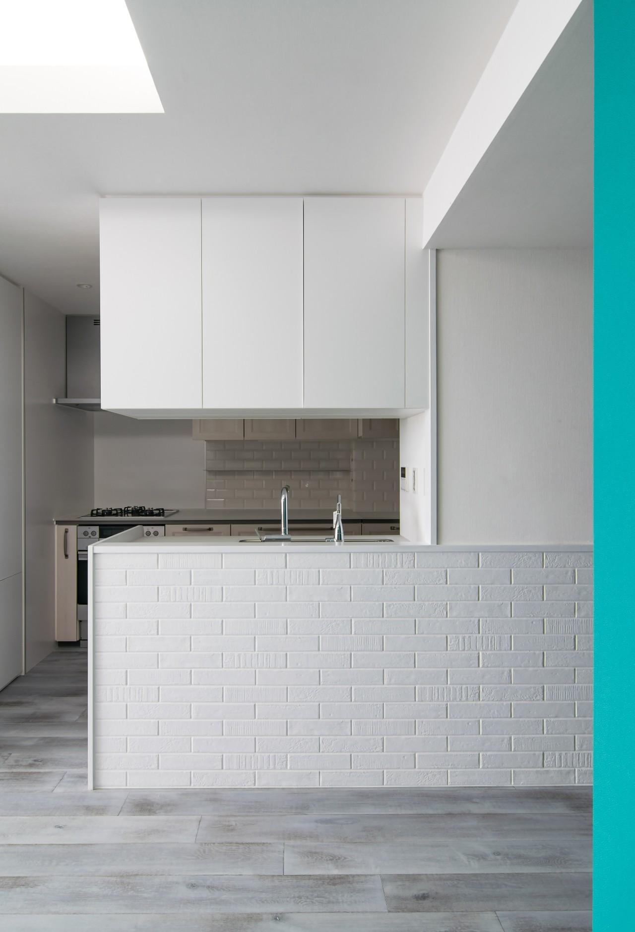 キッチン事例:シンプルなキッチン(望楼の家 すくすくリノベーションvol.10)