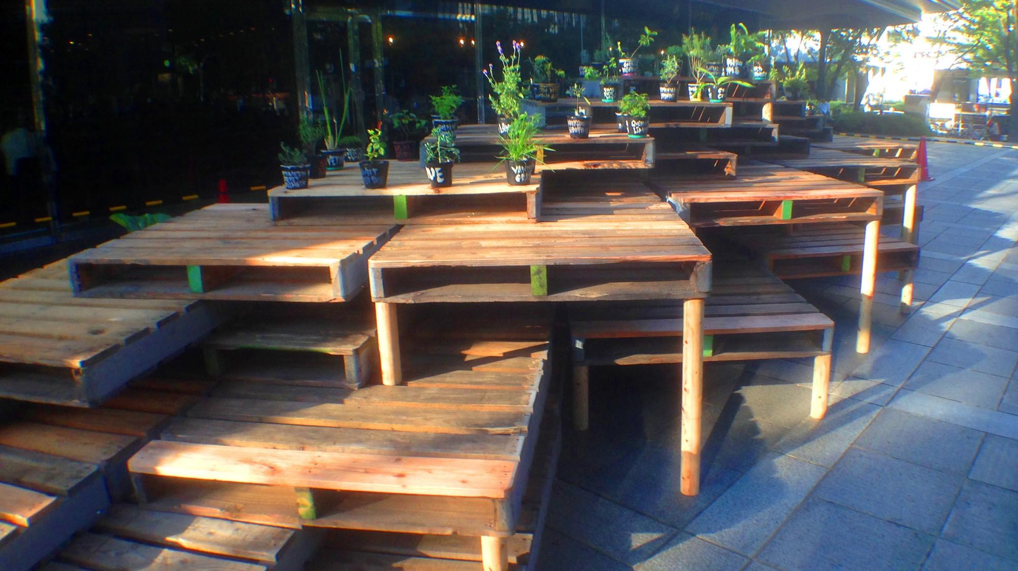 アウトドア事例:cafe space(Platform)