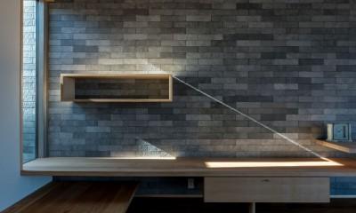 北林泉の家 (光と影のコントラストを楽しむ)