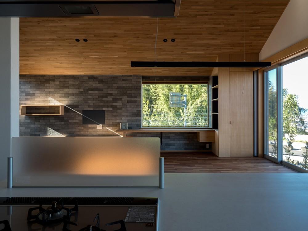 キッチン事例:対面キッチンからの眺め(北林泉の家)