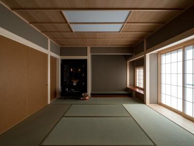 落ち着いた印象の和室 (北林泉の家)
