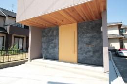 和の素材感をモダンにアレンジした新築住宅 (外観)