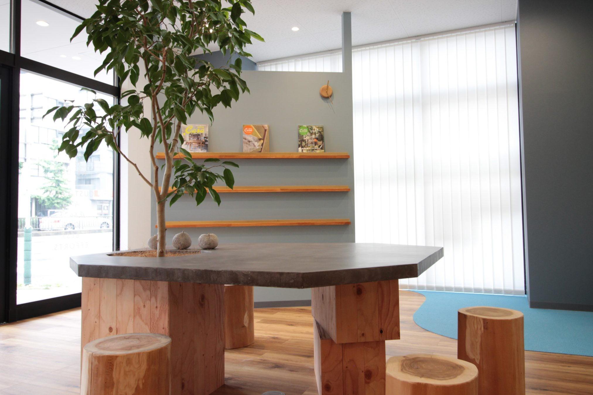 その他事例:オリジナルテーブル(名古屋市西区オフィス)