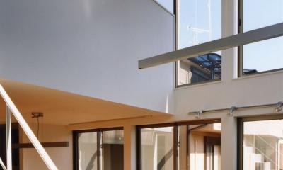 (西東京市)ひばりが丘の木造3階建ての家 (リビング吹き抜け,2階に家族の勉強スペース(書斎))