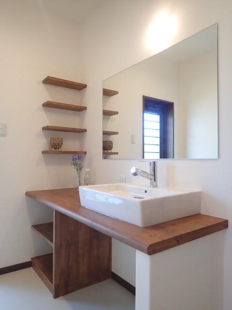 バス/トイレ事例:洗面カウンター(落ち着きのあるレトロモダン)