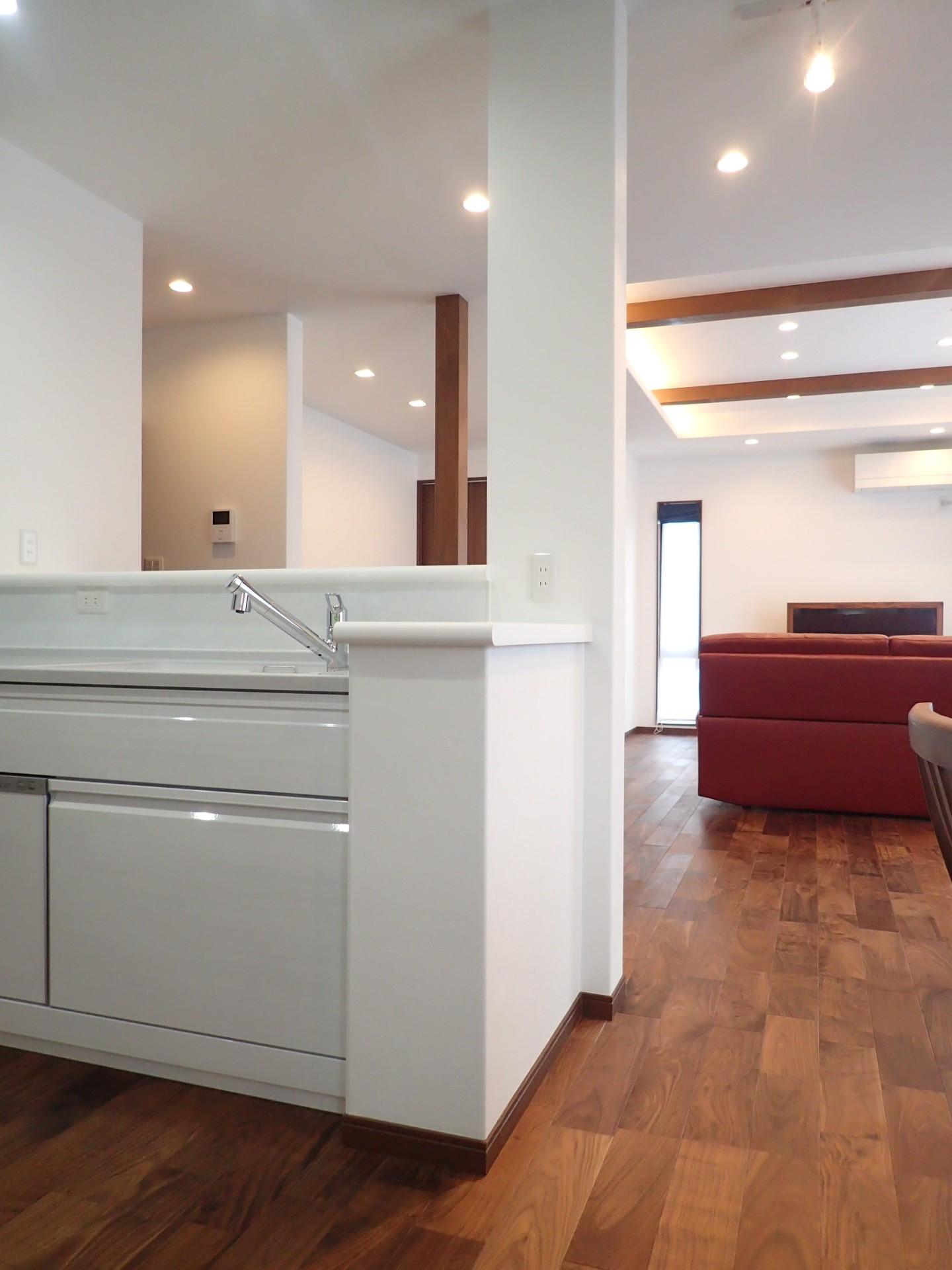キッチン事例:キッチン(高級感漂う大空間でゆったり過ごす家)