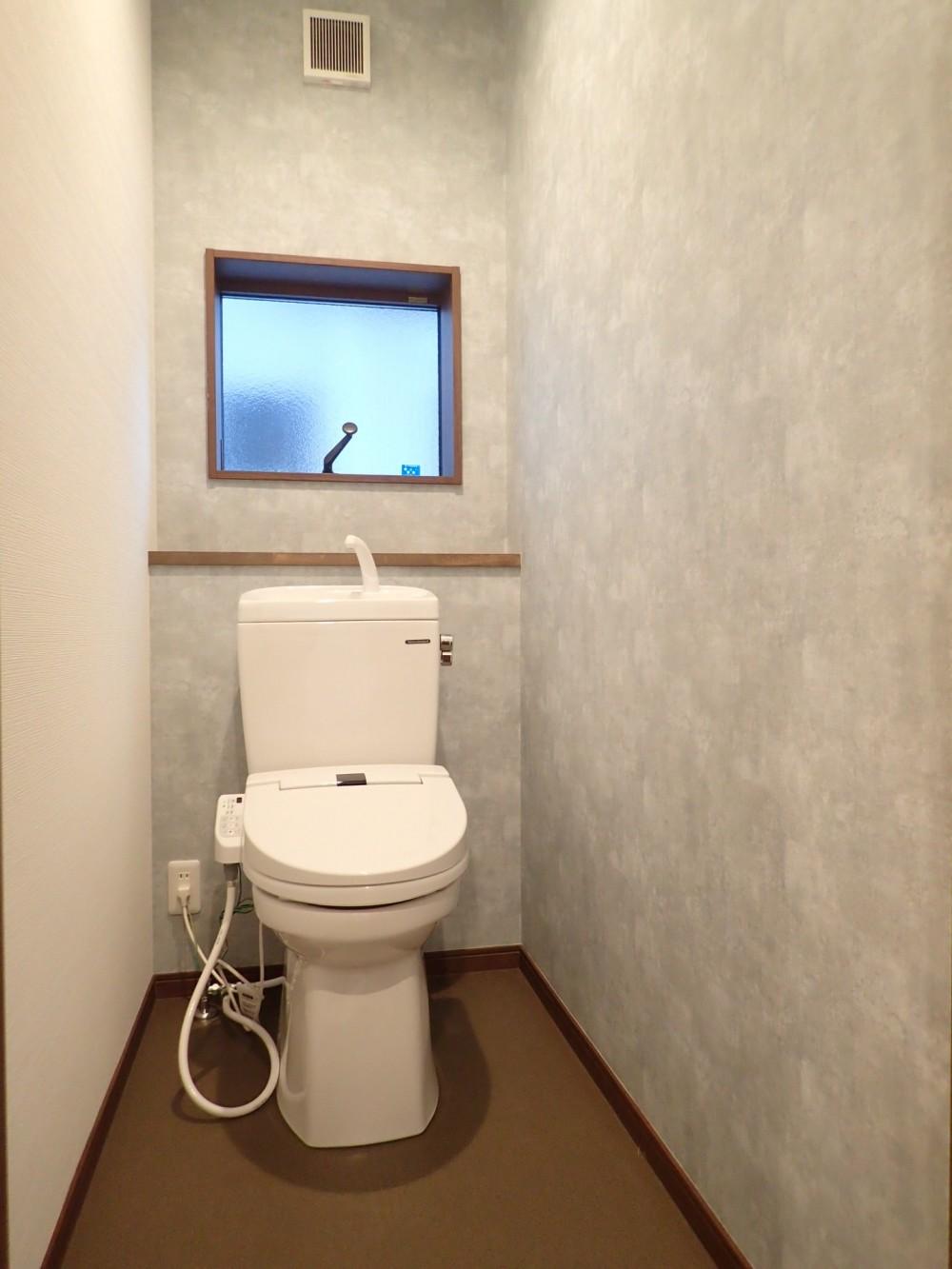 ダブル断熱で一年中快適♪ナチュラルモダンなお家 (トイレ)