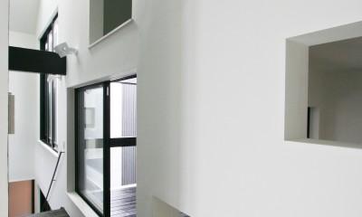 中庭のある家 OUCHI-04 (インナーバルコニーと小和室)