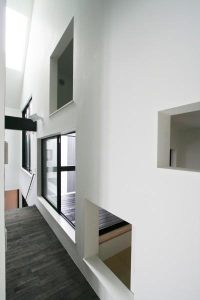 インナーバルコニーと小和室 (中庭のある家 OUCHI-04)