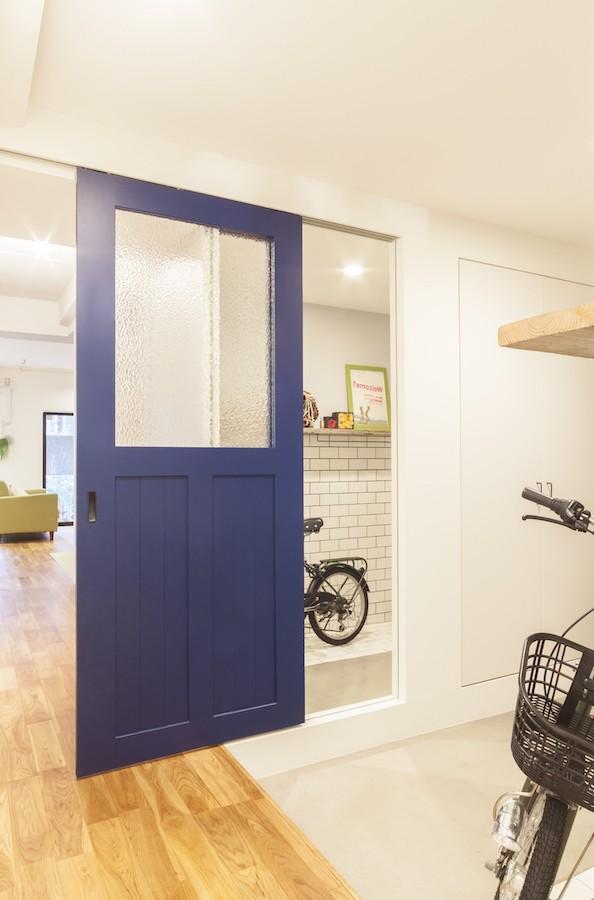 K邸-気分的には、ほとんど戸建て (玄関)