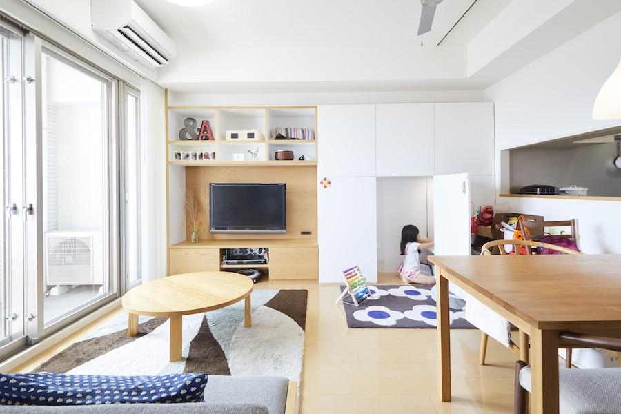 リビングダイニング事例:リビング(A邸-こだわりの収納と、家族それぞれの空間つくり)