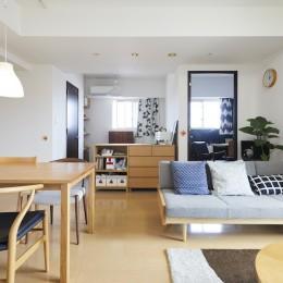 A邸-こだわりの収納と、家族それぞれの空間つくり