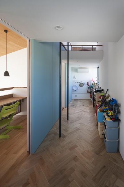 子供部屋の楽しい設え (縁の繋がる家)