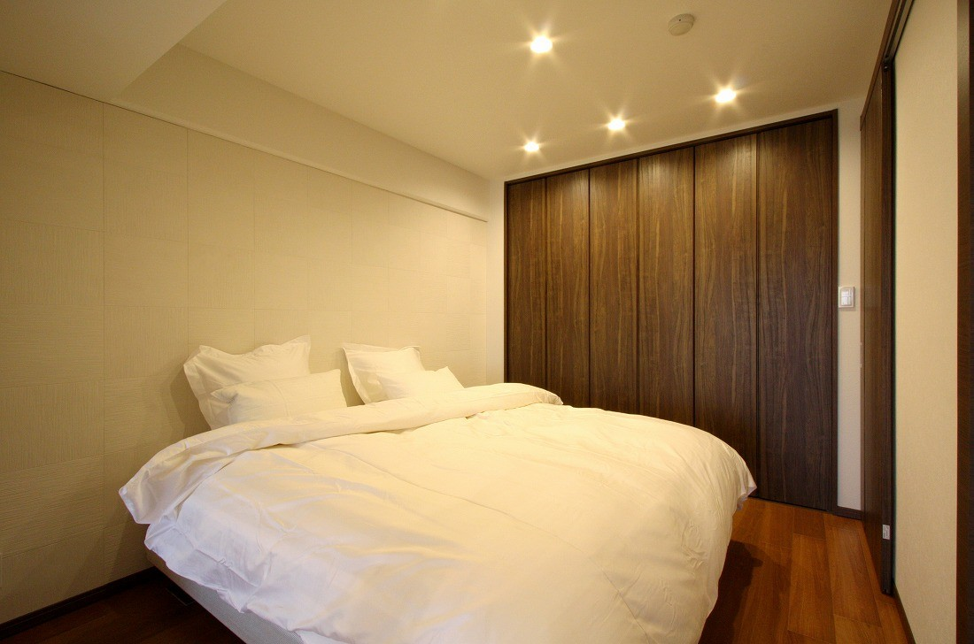 リビングダイニング事例:ベッドルーム(築35年のマンションをセカンドハウスに全面リフォーム)