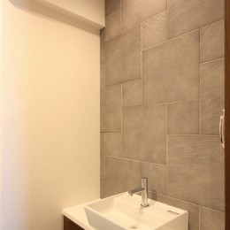 築35年のマンションをセカンドハウスに全面リフォーム (トイレ)