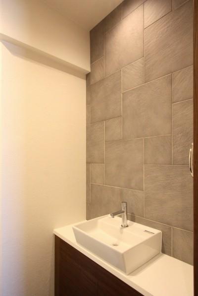 トイレ (築35年のマンションをセカンドハウスに全面リフォーム)