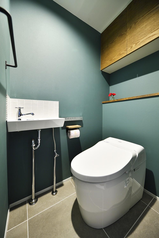 バス/トイレ事例:トイレ(ひろがる眺望を存分に楽しむ)