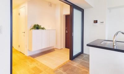 玄関・廊下|感性豊かなおとな女子がつくる、景色と暮らす家