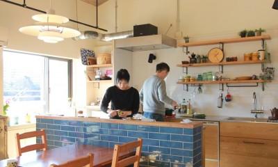 キッチン|家族や友人と過ごす リビングダイニングでの時間を大切にしたい...(星川 マンションリノベーション)