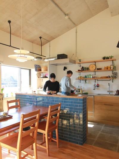 キッチン (家族や友人と過ごす リビングダイニングでの時間を大切にしたい...(星川 マンションリノベーション))