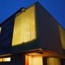 格子壁の住宅の写真 外観