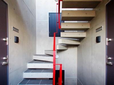 階段 (東京都北区の共同住宅)