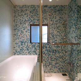 SHAPES-円形の書斎、台形の寝室、そして… (浴室)