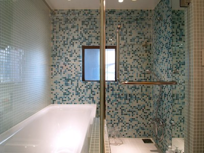 浴室 (SHAPES-円形の書斎、台形の寝室、そして…)