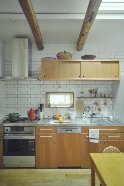 """キッチン (""""ご近所さん""""感覚の二世帯住宅)"""