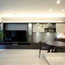 新築マンション・オプション工事  壁面収納のデザインの写真 リビングダイニング