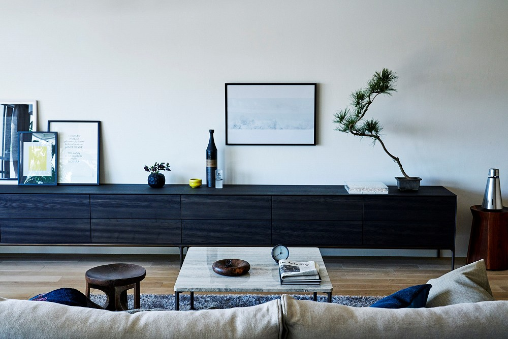 リビングダイニング (RE : Apartment UNITED ARROWS LTD. MASTER PLAN B ~住む人の個性を演出する上質な設えと機能美を備えたリノベーション~)