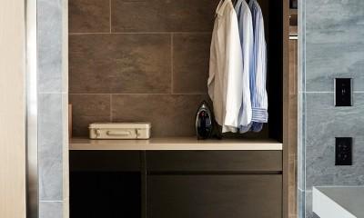RE : Apartment UNITED ARROWS LTD. CASE002 / PLAN B ~住む人の個性を演出する上質な設えと機能美を備えたリノベーション~ (ランドリールーム)