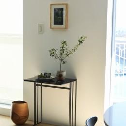 ナチュラルな心地よさが広がる住空間 (RE : Apartment UNITED ARROWS LTD. MASTER PLAN A ~店舗の技術を取り入れた見せる収納~)