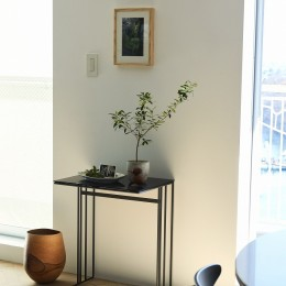 RE : Apartment UNITED ARROWS LTD. CASE001 / PLAN A ~店舗の技術を取り入れた見せる収納~