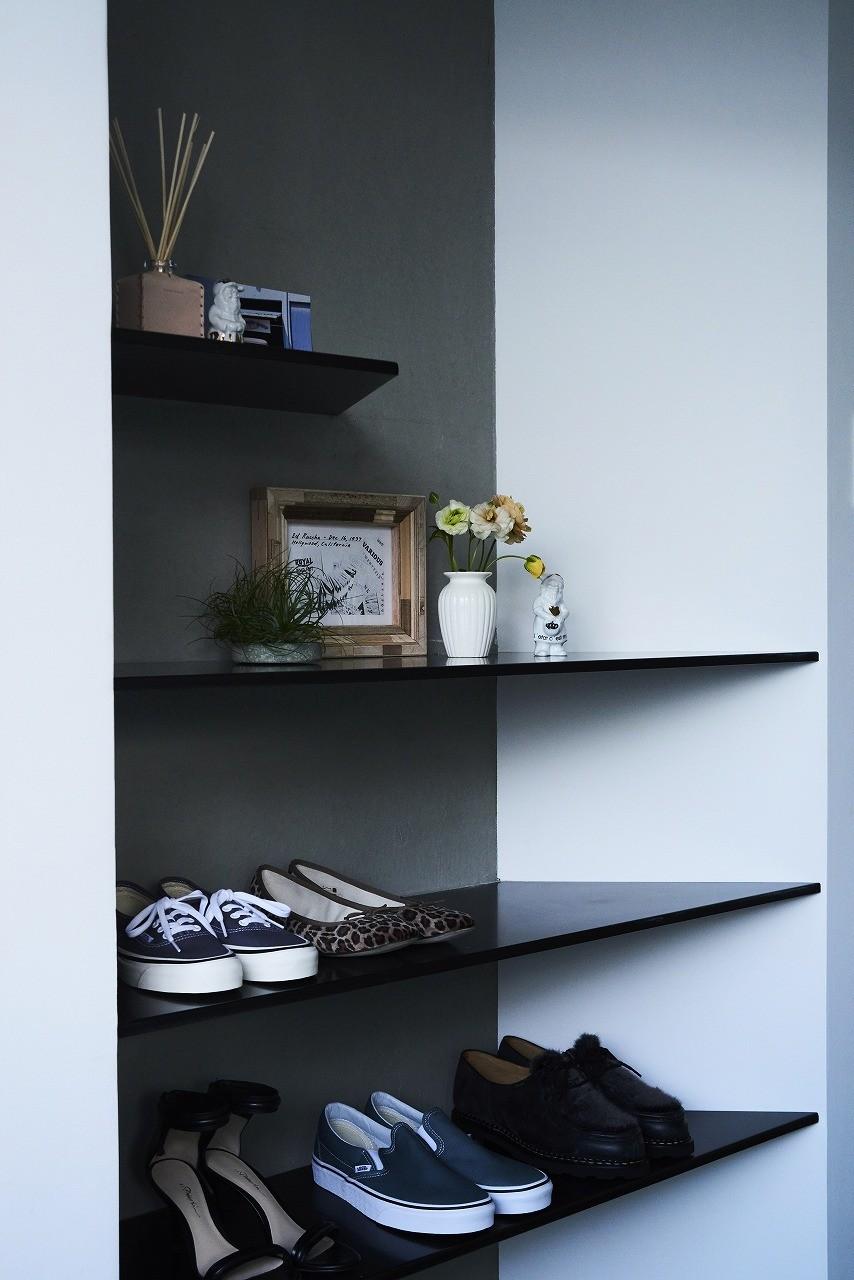 RE : Apartment UNITED ARROWS LTD. MASTER PLAN A ~店舗の技術を取り入れた見せる収納~ (シューズ棚付き、玄関周りがスッキリ片付きます)