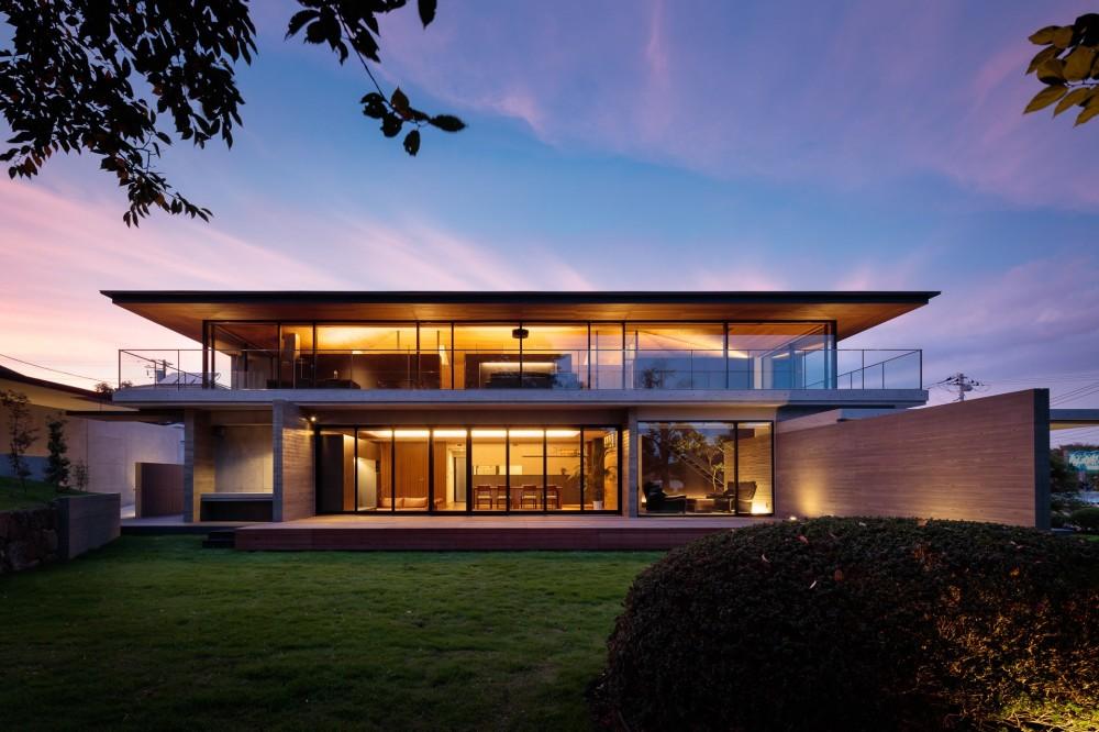 建築家:田井勝馬「下永谷の二世帯住宅」
