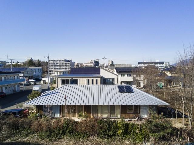 外観事例:大きな屋根の平屋(MYーhouse つくば)