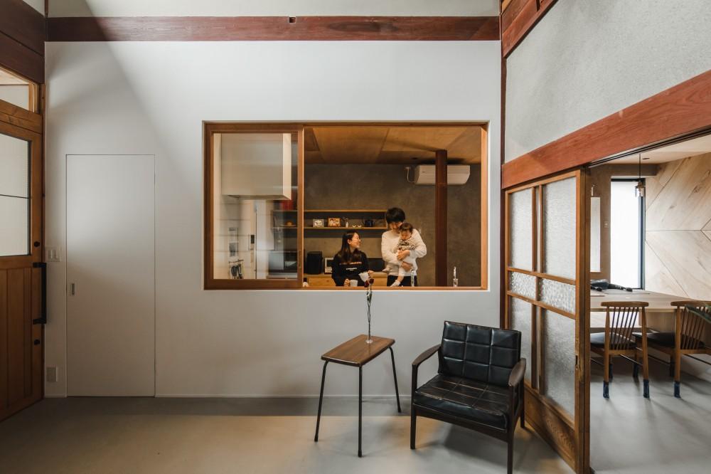 古民家カフェみたいな日本家屋リノベーション(下戸山の家リノベーション) (キッチン)